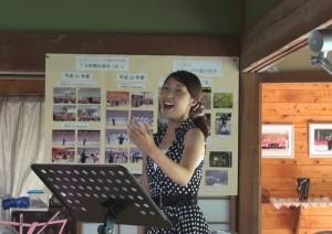 ソロ熱唱・諏訪桃子さん